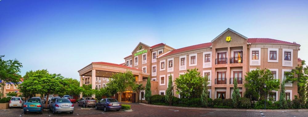 Peermont Mondior, Gaborone