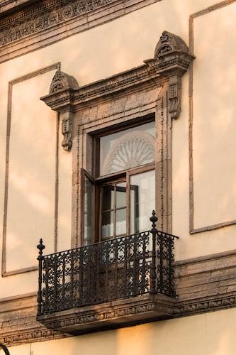 Los Juaninos, Morelia