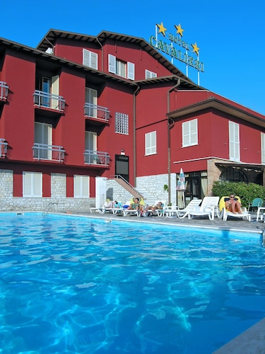 __{offers.Best_flights}__ Hotel Cavalieri
