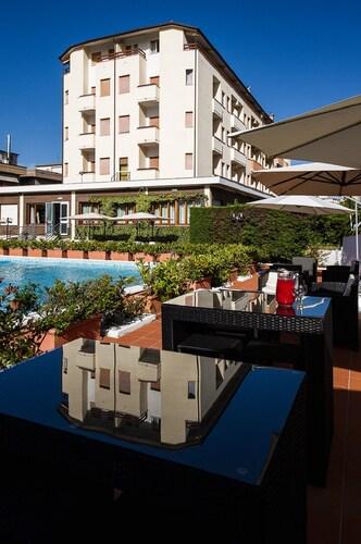 . Hotel Touring Falconara Marittima