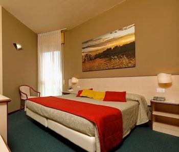 Hotel Ristorante Alcide - Guestroom View  - #0