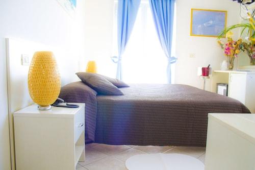 . Hotel Piccolo Mondo