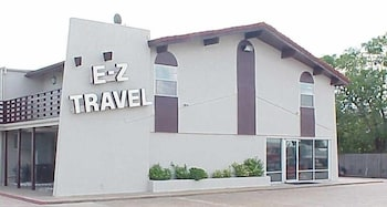 EZ 旅遊飯店 EZ Travel Inn