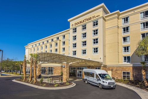 . DoubleTree by Hilton North Charleston - Convention Center