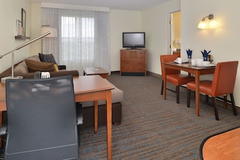 Suite, 1 Bedroom, Non Smoking, Fireplace