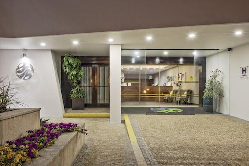 . Sao Felix Hotel Hillside and Nature