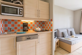 Pierre & Vacances Residence Le Green Beach - In-Room Kitchenette  - #0