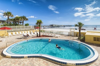 Hotel - Beach Quarters Resort Daytona