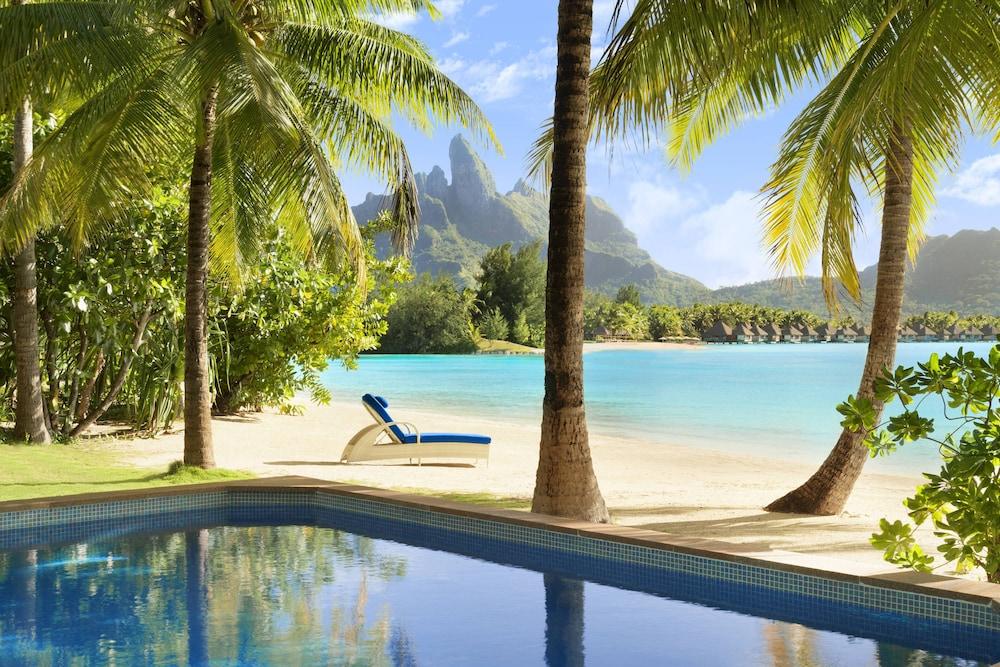 https://i.travelapi.com/hotels/2000000/1410000/1405900/1405888/2c8bad50_z.jpg