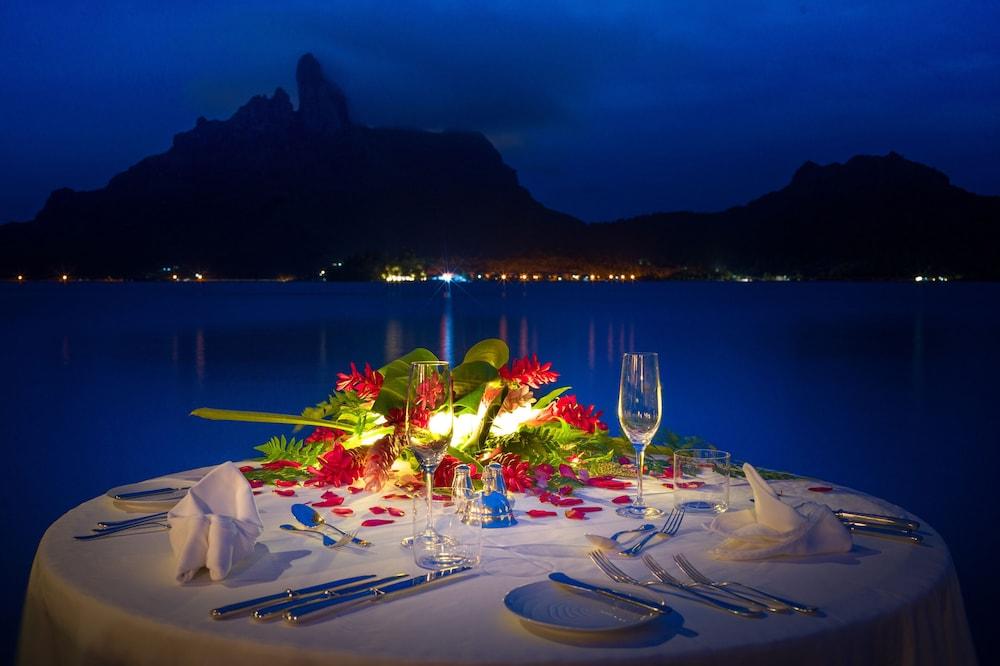 https://i.travelapi.com/hotels/2000000/1410000/1405900/1405888/36c785be_z.jpg