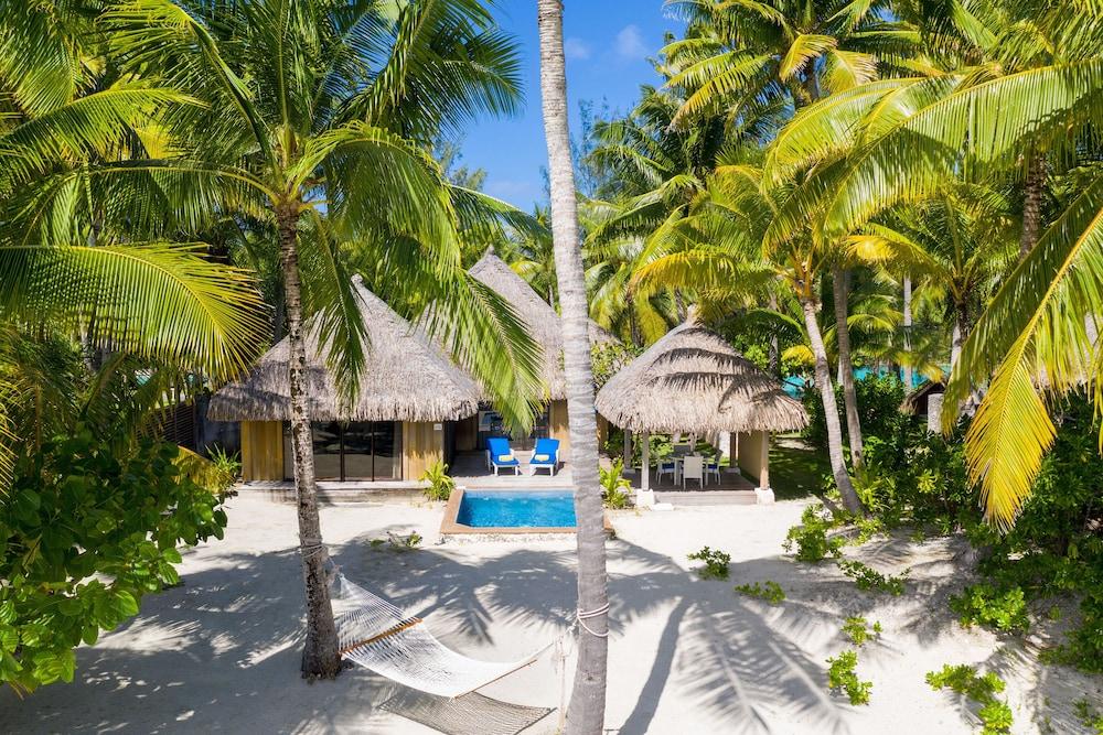 https://i.travelapi.com/hotels/2000000/1410000/1405900/1405888/42d1e248_z.jpg