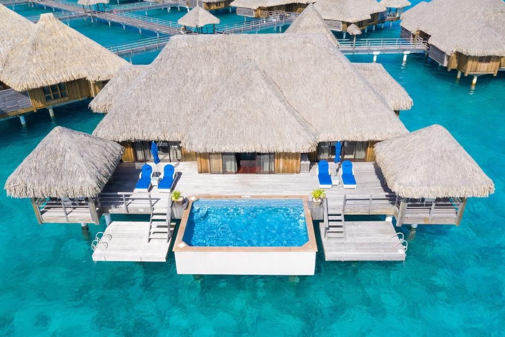 https://i.travelapi.com/hotels/2000000/1410000/1405900/1405888/50da76a3_z.jpg