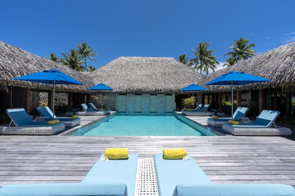 https://i.travelapi.com/hotels/2000000/1410000/1405900/1405888/552aa6bf_z.jpg