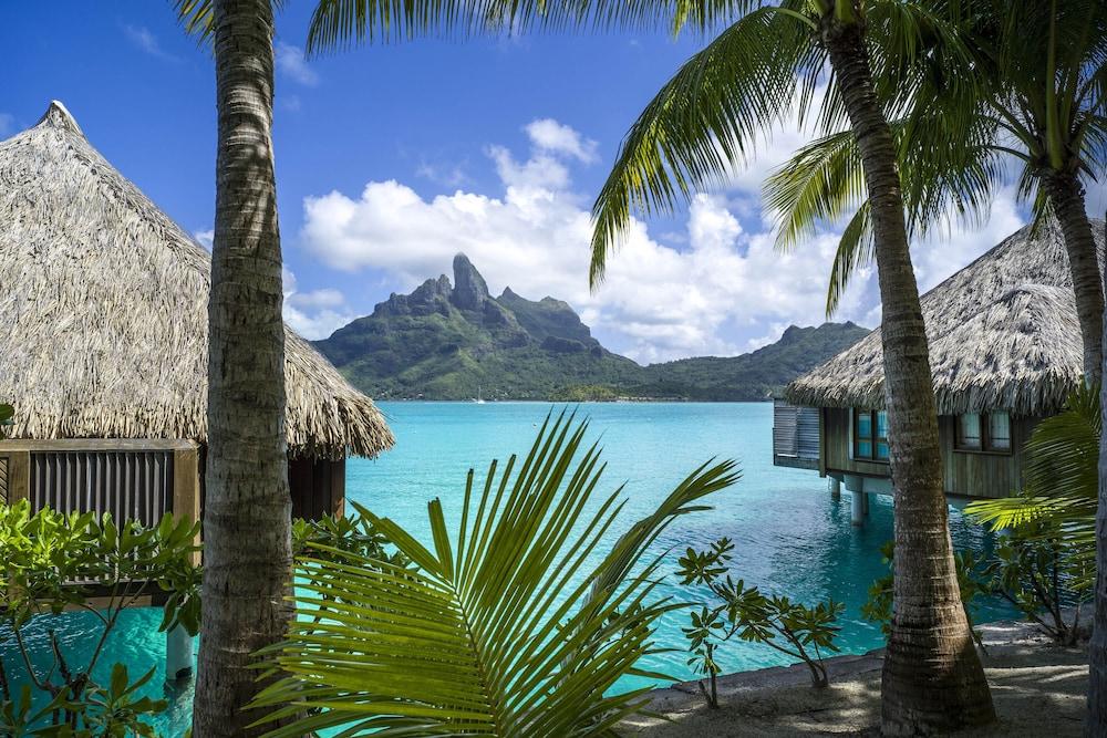 https://i.travelapi.com/hotels/2000000/1410000/1405900/1405888/65f49902_z.jpg