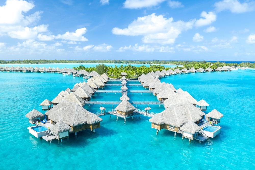 https://i.travelapi.com/hotels/2000000/1410000/1405900/1405888/93d5389c_z.jpg