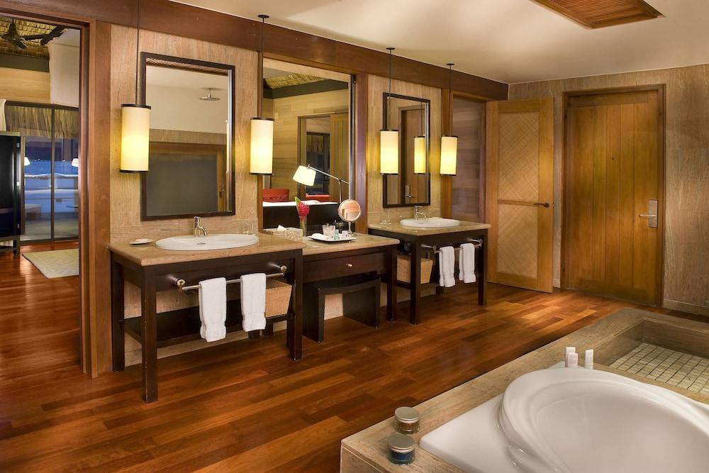 https://i.travelapi.com/hotels/2000000/1410000/1405900/1405888/bedfb068_z.jpg
