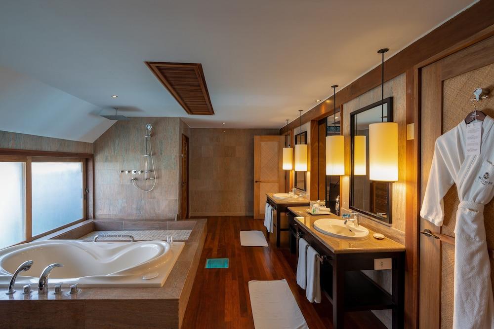 https://i.travelapi.com/hotels/2000000/1410000/1405900/1405888/f76fb7f1_z.jpg
