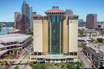坦帕市區大使館套房飯店 Embassy Suites Tampa Downtown