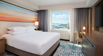 Room, 1 King Bed, Bay View
