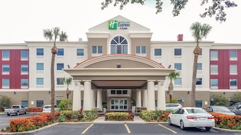 聖彼德堡北 I - 275 智選假日飯店 Holiday Inn Express St. Petersburg North (I-275)