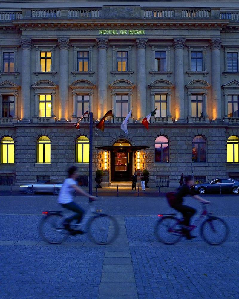 ロッコ フォルテ ホテル デ ローマ ベルリン