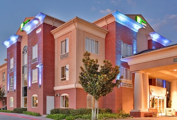 Hotel - Holiday Inn Express & Suites Rancho Cucamonga