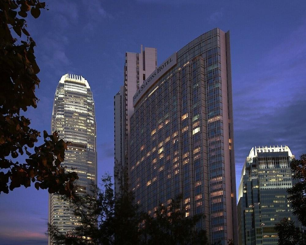 포 시즌스 호텔 홍콩(Four Seasons Hotel Hong Kong) Hotel Image 71 - Exterior detail
