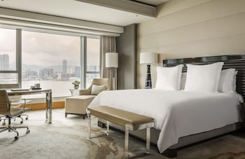 Hotel - Four Seasons Hotel Hong Kong
