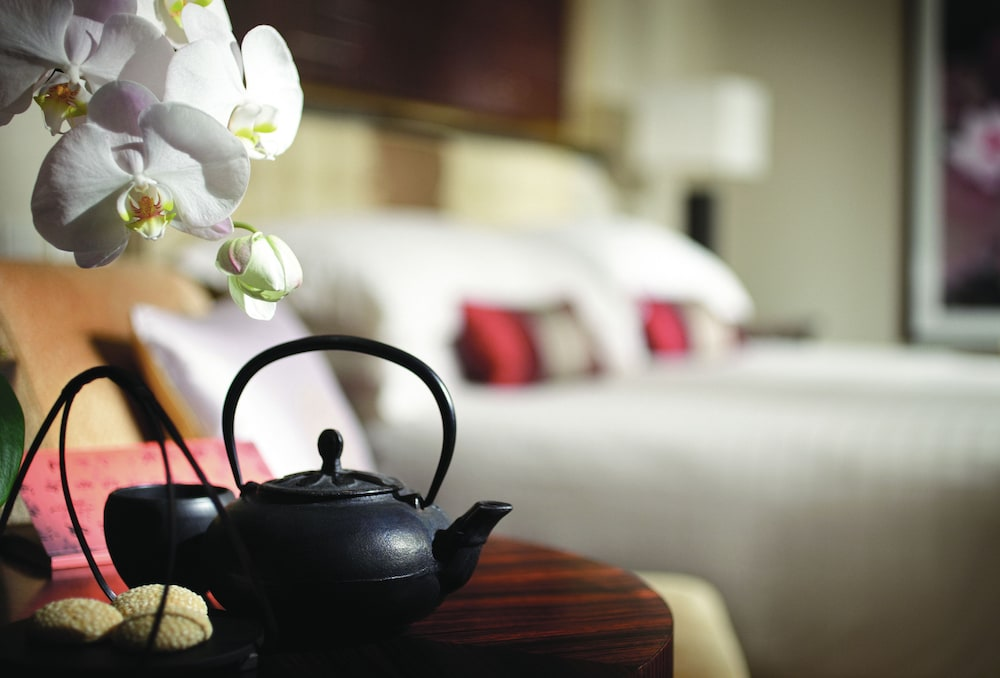 포 시즌스 호텔 홍콩(Four Seasons Hotel Hong Kong) Hotel Image 21 - Guestroom