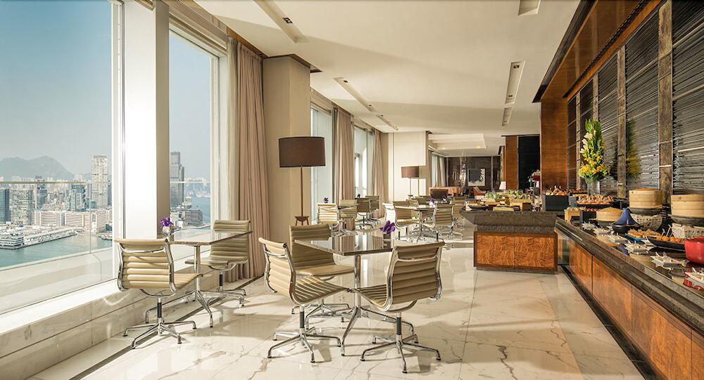 https://i.travelapi.com/hotels/2000000/1420000/1418800/1418778/48484997_z.jpg