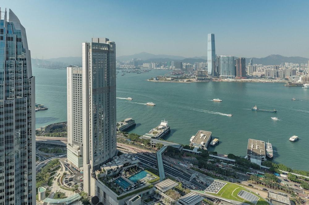 포 시즌스 호텔 홍콩(Four Seasons Hotel Hong Kong) Hotel Image 79 - Exterior