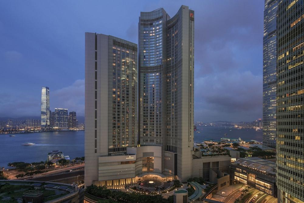 포 시즌스 호텔 홍콩(Four Seasons Hotel Hong Kong) Hotel Image 72 - Exterior