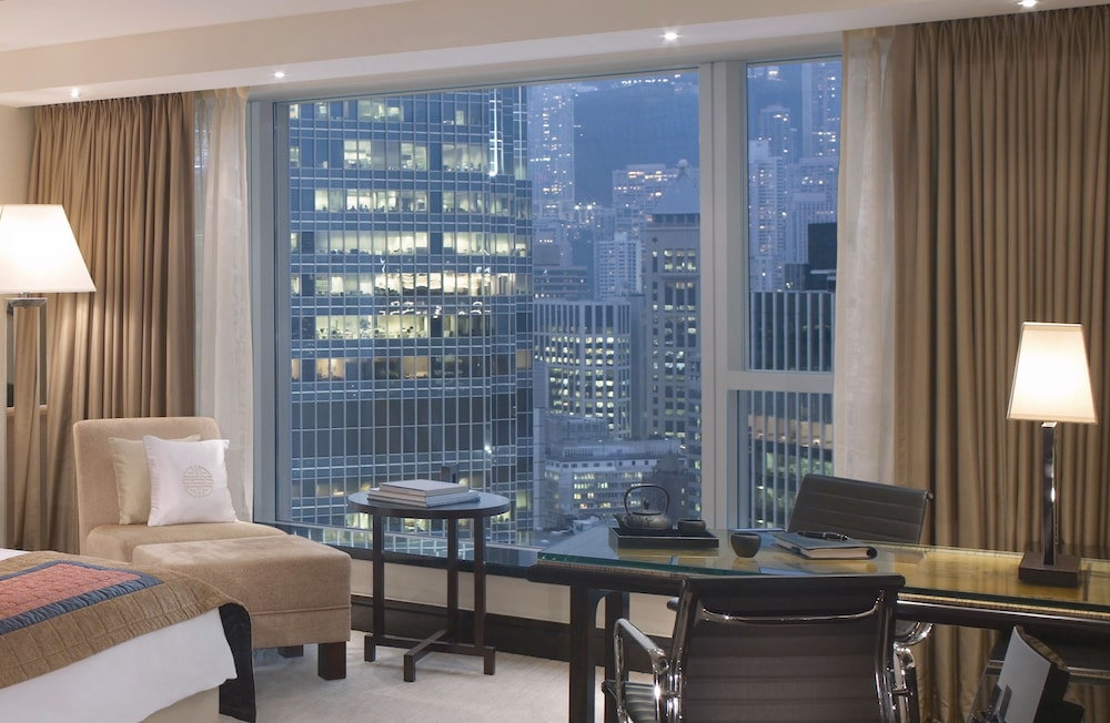포 시즌스 호텔 홍콩(Four Seasons Hotel Hong Kong) Hotel Image 20 - Guestroom