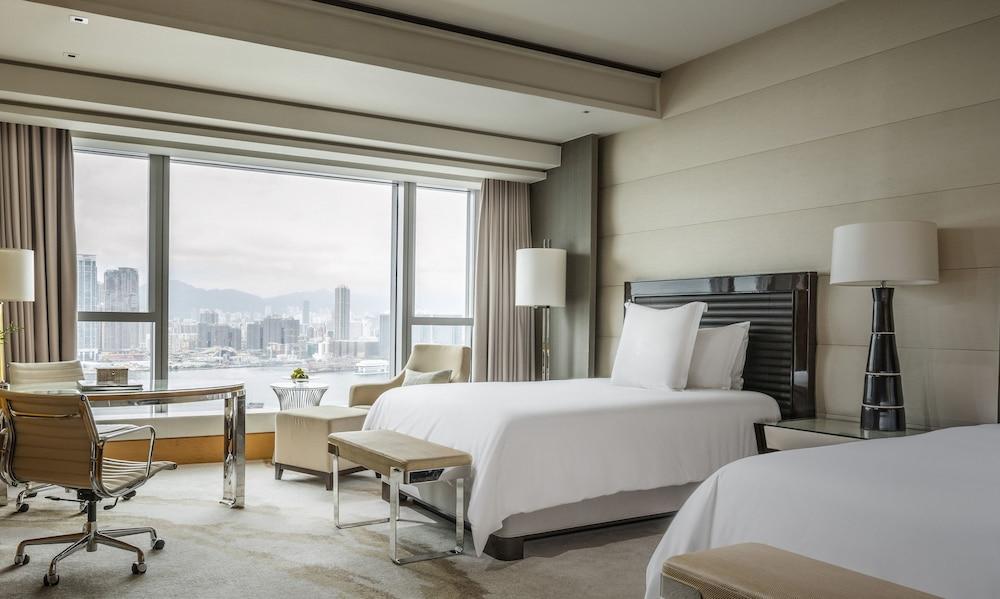 포 시즌스 호텔 홍콩(Four Seasons Hotel Hong Kong) Hotel Image 11 - Guestroom