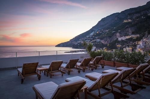 . Hotel Marina Riviera