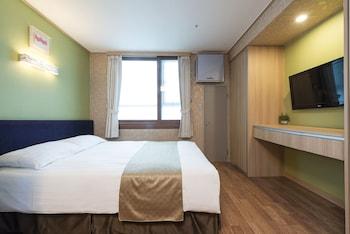 東大門西方高爺旅居飯店