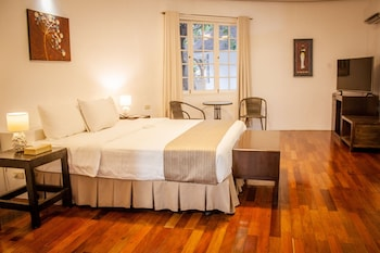 Cordova Reef Village Resort Cebu Room