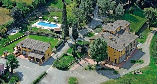 . Il Borgo Di Villa Castelletti