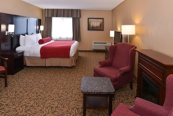 Best Western Plus Mariposa Inn & Conference Centre - Guestroom  - #0