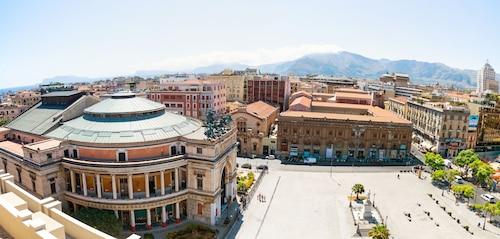 . Hotel Politeama