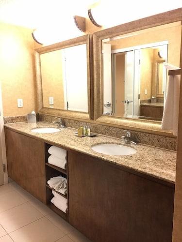 DoubleTree Suites by Hilton Anaheim Rsrt - Conv Cntr, Orange
