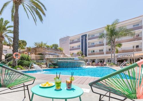 . Sumus Hotel Monteplaya Adults Only