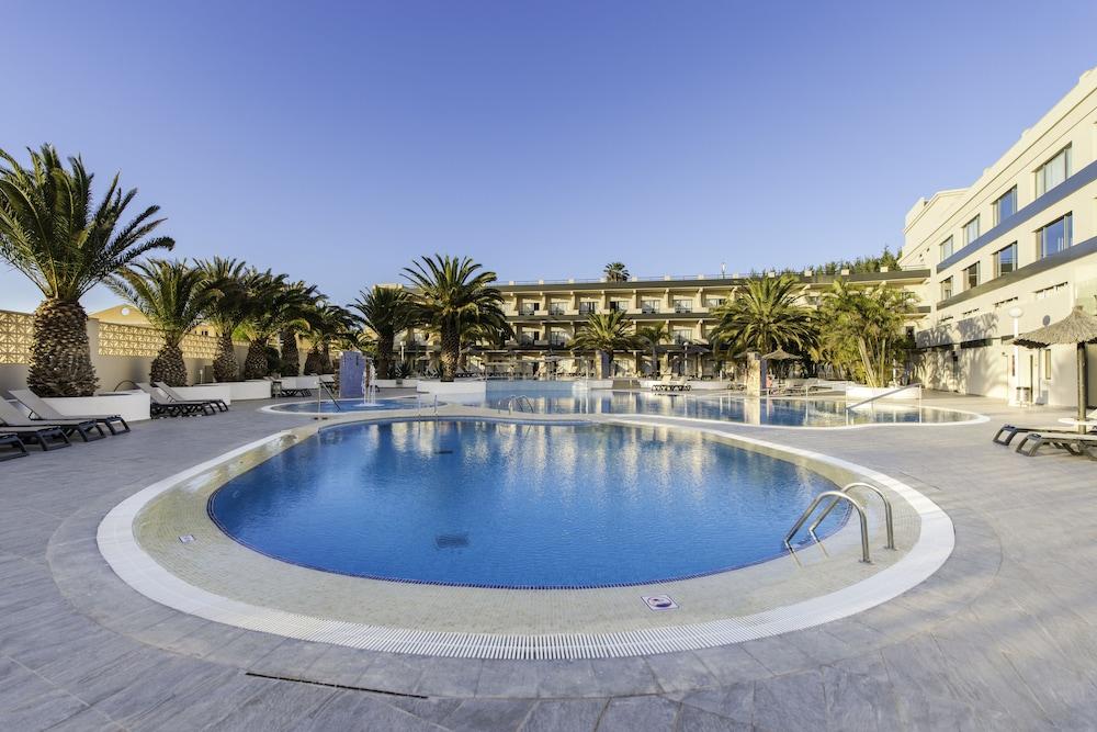 KN 호텔 마타스 블랑카스 - 어른 전용(Kn Hotel Matas Blancas - Adults Only) Hotel Image 9 - Outdoor Pool