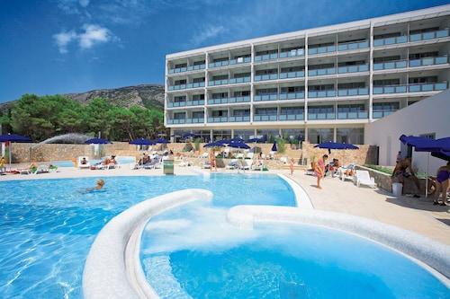 . Bluesun Hotel Elaphusa