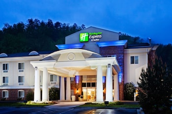 Holiday Inn Express Hotel Suites Cherokee