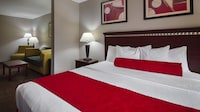 Standard Suite, 1 King Bed, Accessible, Bathtub