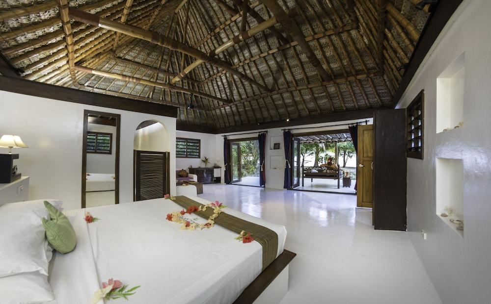 https://i.travelapi.com/hotels/2000000/1450000/1448000/1447959/12a5bb16_z.jpg