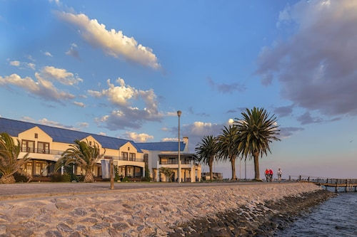 . Protea Hotel by Marriott Walvis Bay Pelican Bay