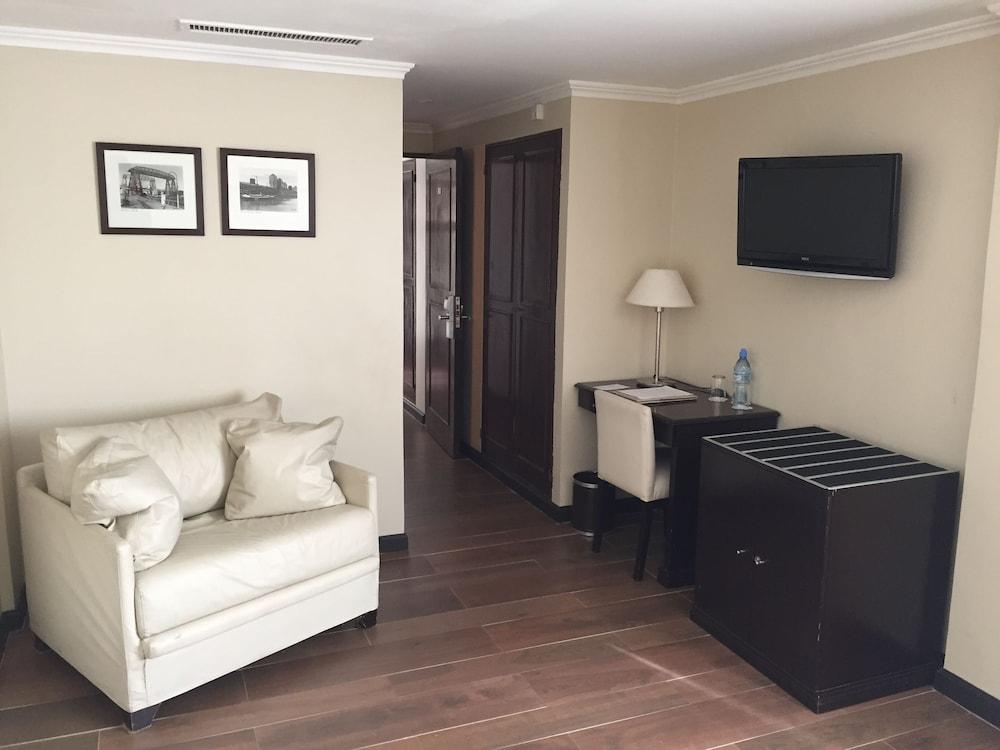 켄톤 팰리스 바릴로체(Kenton Palace Bariloche) Hotel Image 5 - Guestroom