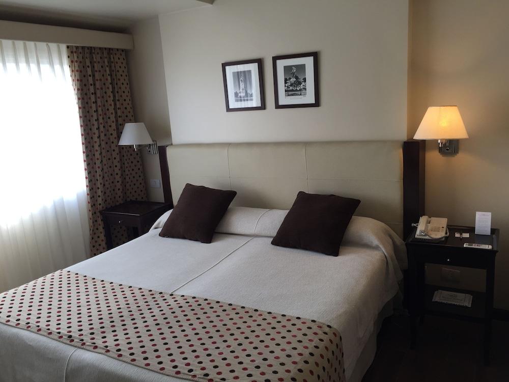 켄톤 팰리스 바릴로체(Kenton Palace Bariloche) Hotel Image 3 - Guestroom
